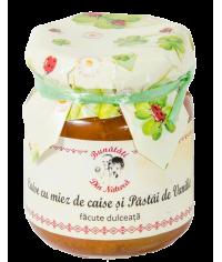 Caise cu miez de caise si pastai de vanilie facute dulceata